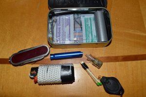 Making Altoids Survival Tin - DIY Preparedness