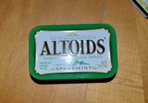 Altoids Tin Kit Closed - DIY Preparedness