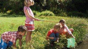 Skills_Kid_Learning_to_fish