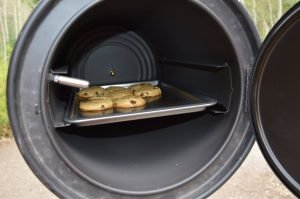 DIY_Preparedness_Rocket_Stoven_Using_Oven_For_Baking_Camping (3)-4mp